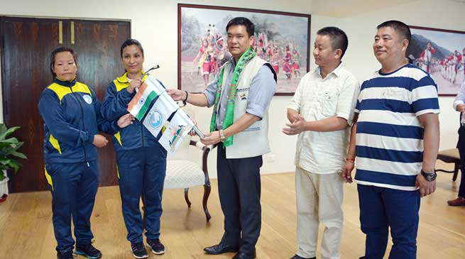 Khandu flagged off the all-women Mt Gorichen Expedition