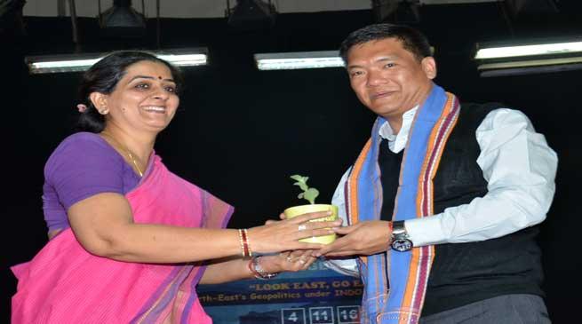 Khandu Attends Annual Event of Hindu College in Delhi