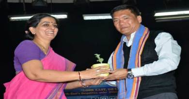 Khandu Attends Annual Event of Hindu College in Delhi