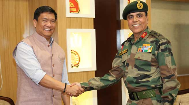 Corps Commander Lt Gen AS Bedi meets Chief Minister Pema Khandu
