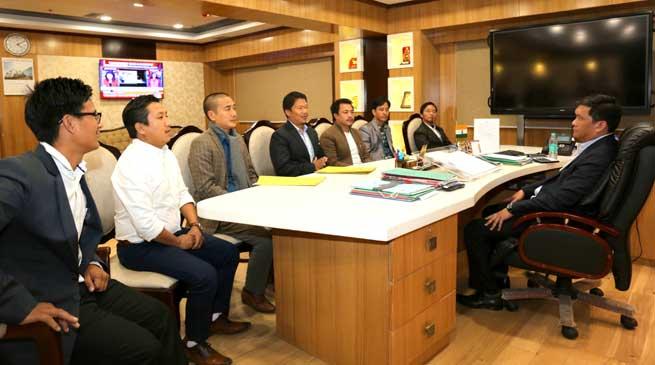 AAPSU delegates meets Chief Minister Pema Khandu