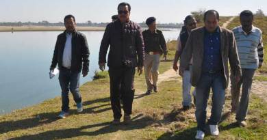 Chowna Mein inspected Flood Protection Works in Mahadevpur