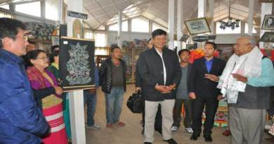 Guv PB Acharya Visits Bomdila Craft Emporium