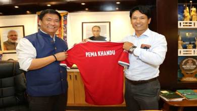 Photo of Khandu Appreciates Gumpe Rime for His contribution to Football
