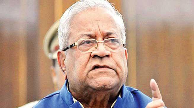 Governor reviews Progress of Swachh Bharat Abhiyan