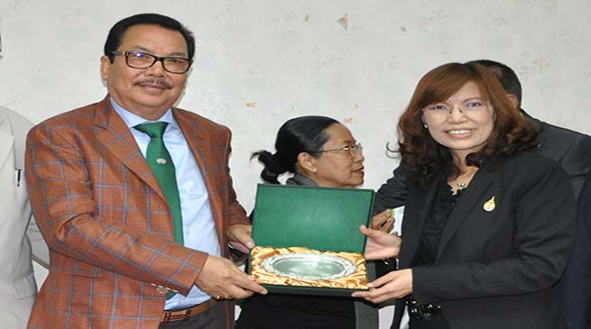 AUS joins hand with Maejo University of Thailand for Educational Exchange Programme