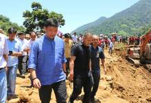 Laptap Land slide-  CM Khandu visits ground zero