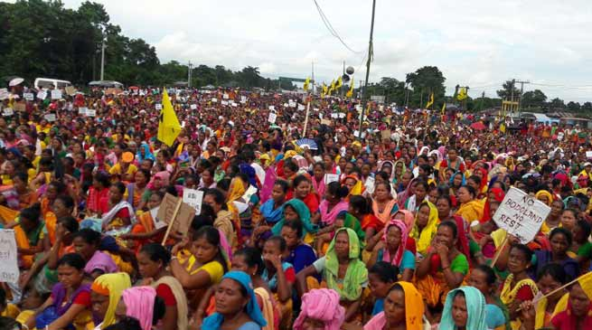 Bodo Women's blockades National Highway at Kajalgaon and Orang