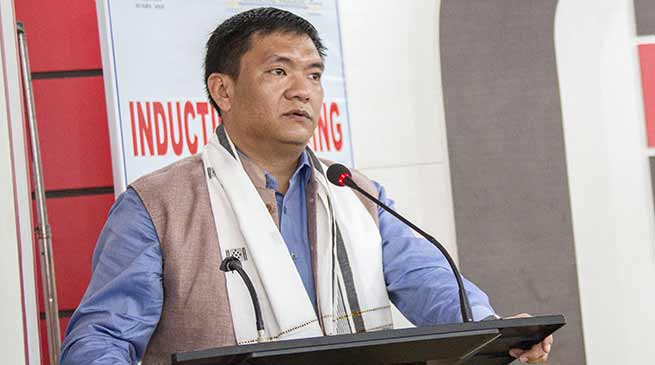 Khandu advises Young APCS officers Not to Succumb under pressure from Politicians