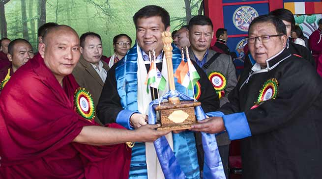 Pema Khandu awarded with 'The Flower of Joy' by Tendhon Cultural Preservation Society