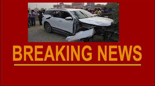 Noida- BJP leader Shiv Kumar, Security guard shot dead