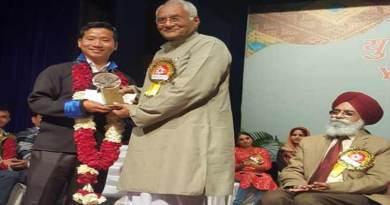 Arunachal: Taro Sindik Awarded with Sahitya Akademy Yuva Puruskar 2017
