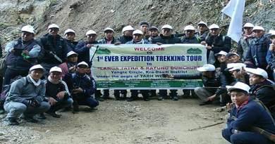Tarh Tarak flagged off Expedition team to Langatata & Rayung Dumchop