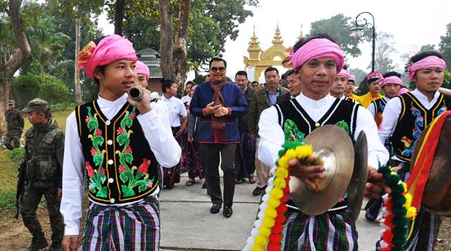 Arunachal: Chowna Mein attends  Mai Ko Som Fai festival celebrated at Golden Pagoda