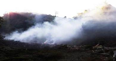 Itanagar: People compelled to inhale foul smelling smoke in NH-415