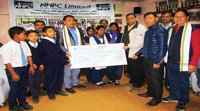 Arunachal: NHPC distributes Scholarship to Students of Govt Schools