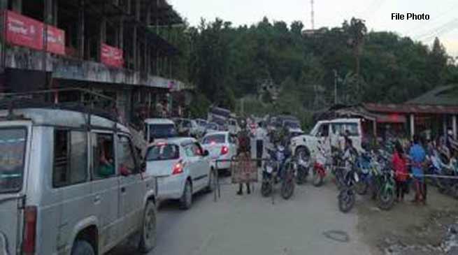 Itanagar: Khandu takes note of serious traffic problem in capital