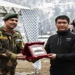 Arunachal : Khandu hands over letter of appreciation to Colonel Gagan Sharma