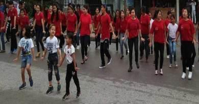 Arunachal: Denizens of Roing perform in a flash mob to spread awareness regarding 'Swachh bharat'