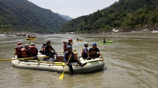 Arunachal: Khandu attends 'Siang Rush Expedition-2018'