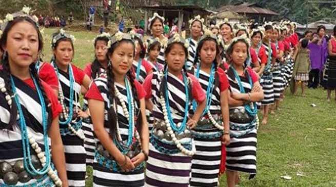Arunachal: Khandu greets people on Longte