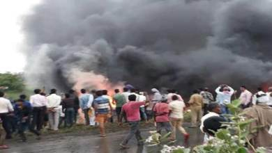 Photo of Bihar: 27 killed in blaze after bus overturns and catches fire in Motihari