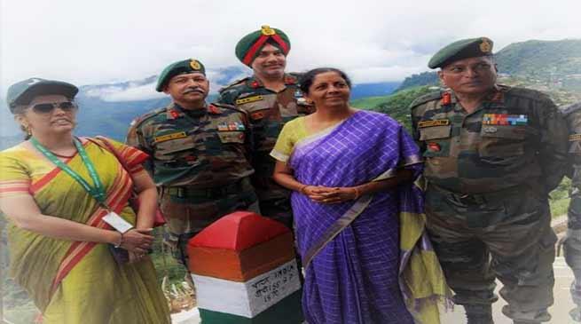 Nagaland : Defence Minister Nirmala Sitharaman visits Indo-Myanmar Border