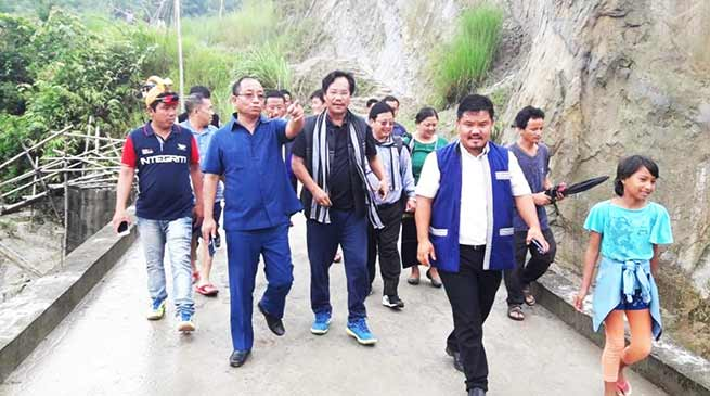 Itanagar:  Techi Kaso  visits Sengri colony and interact with locals