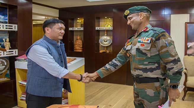 Major General Gajinder Singh Calls on Arunachal CM