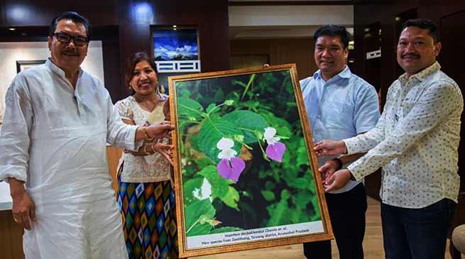 "Arunachal: Scientist Krishna Chowlu who discovered ""Impatiens - dorjeekhanduii"" meets CM Khandu"