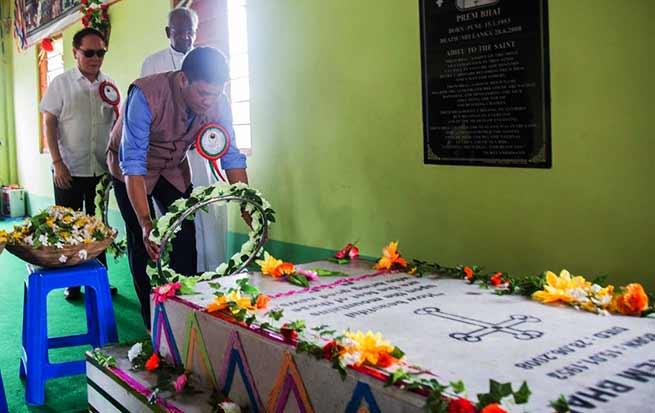 Itanagar: Khandu pays tributes to Reverend Brother Prem Bhai