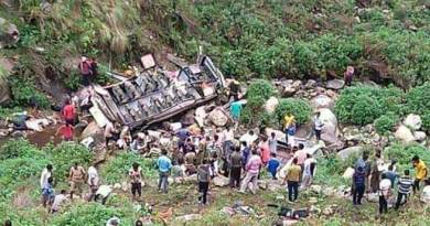 Uttarakhand bus accident: 48 killed on spot, 10 injured