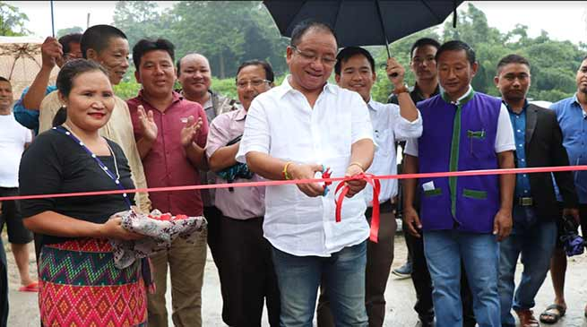 Arunachal:  Techi Kaso inaugurates CC Pavement road