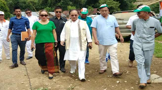 Arunachal:Tuki welcomes Pario and Tado in to Congress