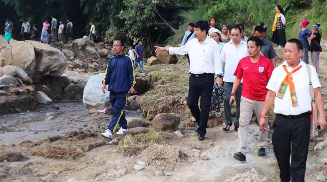 Arunachal: Tapir Gao visits flash flood hit Modirijo and DPVB colony