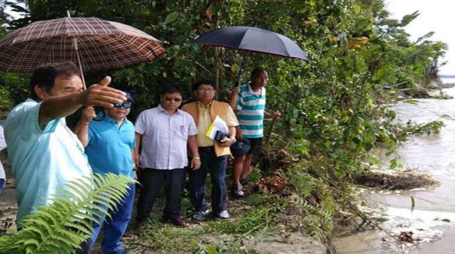 Arunachal: Disaster Management team visits flood affected villages in Mebo