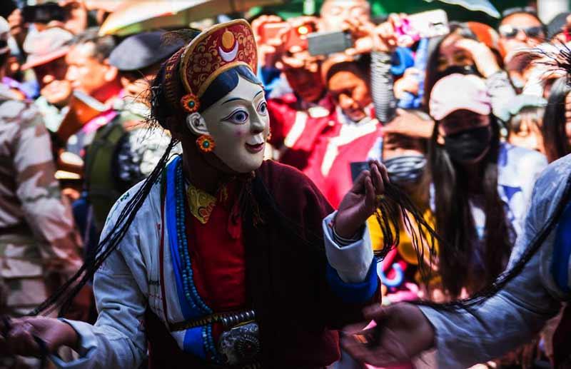 Arunachal: Pema Khandu declares 6th Tawang festival open