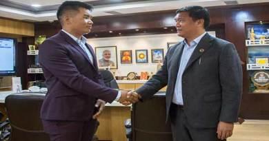 Itanagar: Karate champion Nobin Jomoh calls on CM Pema Khandu