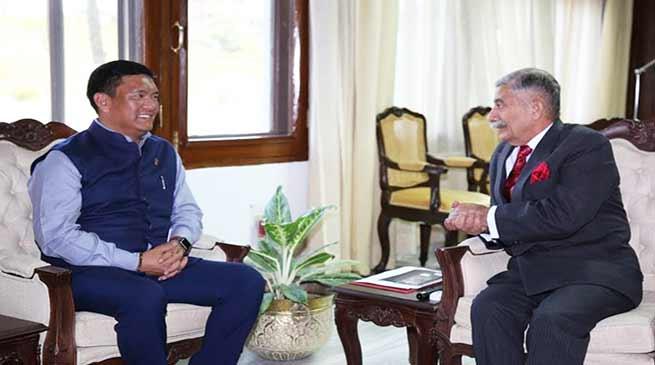 Arunachal CM calls on the Governor