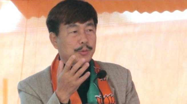 Arunachal: Not to declare themselves as party's candidate- Tapir Gao
