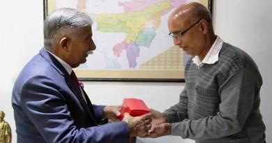 Arunachal: Governor felicitates staff for energy conversation