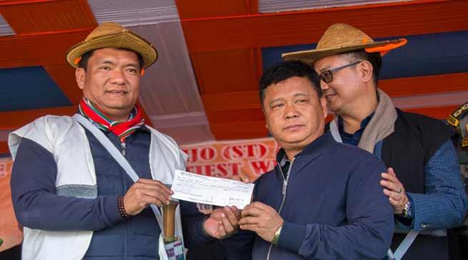 Arunachal:Khandu distributes land compensation cheques worth Rs 53 crores
