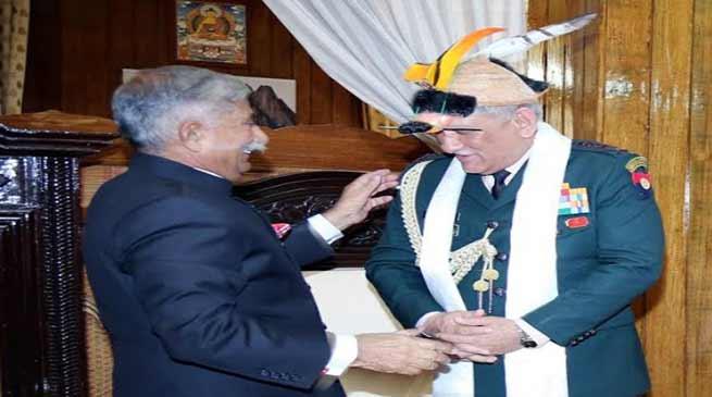 Itanagar : Chief of Army Staff calls on the Governor