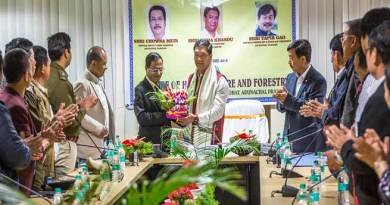 Arunachal: Bureaucrats are the main pillars of the government- Pema Khandu