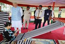 Arunachal: PM Modi interact with loin loom weavers
