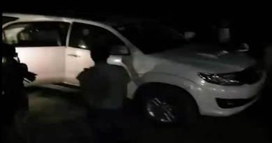 Arunachal: Mob attack former Minister Jarkar Gamlin