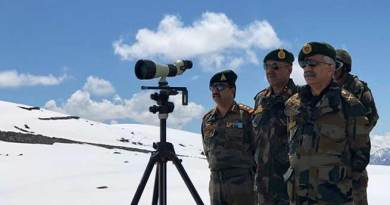 Eastern Army Commander Visits Border Areas of Arunachal Pradesh