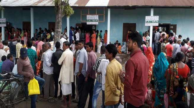 Lok Sabha Election 2019:  Voting Underway In 95 Seats, LIVE UPDATE