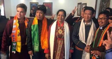 Arunachal CM Pema Khandu campaigning in Ladakh for BJP Candidate