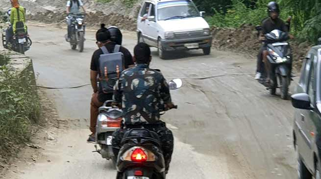 Itanagar: Man in uniform violates traffic rules